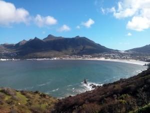 Die Aussicht auf Hout Bay vom Chapman's peak drive